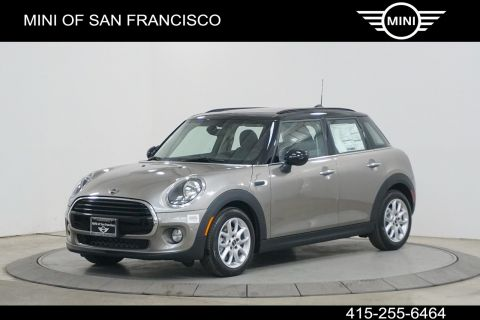 New 2019 MINI Signature Line Hardtop 4 Door Cooper